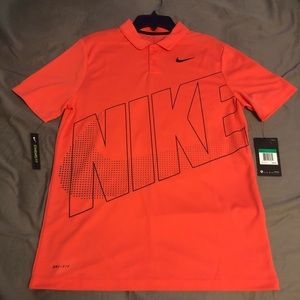 NWT Nike Golf Shirt. Youth XL. Perfect condition!